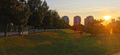9 - 40 - Ermanno Trapanese - parco Verga al tramonto